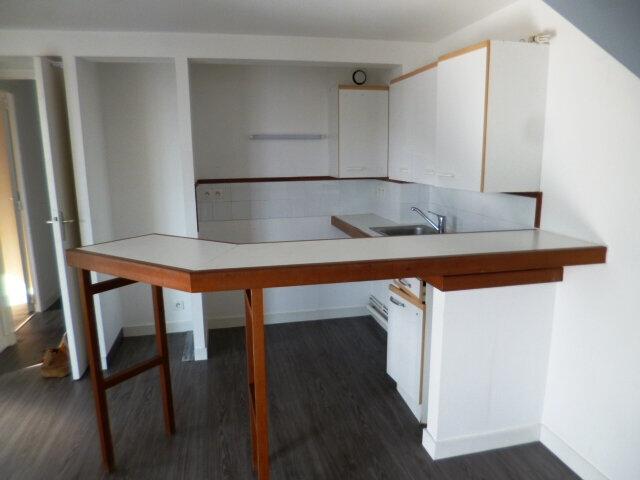 Appartement à louer 3 64m2 à Guérande vignette-2
