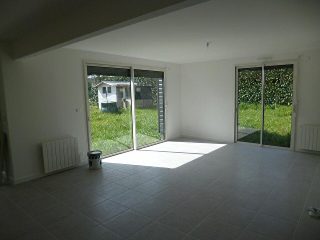 Maison à louer 4 76.41m2 à Guérande vignette-2