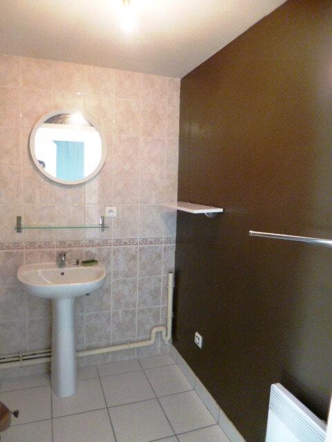Appartement à louer 3 60m2 à Guérande vignette-4