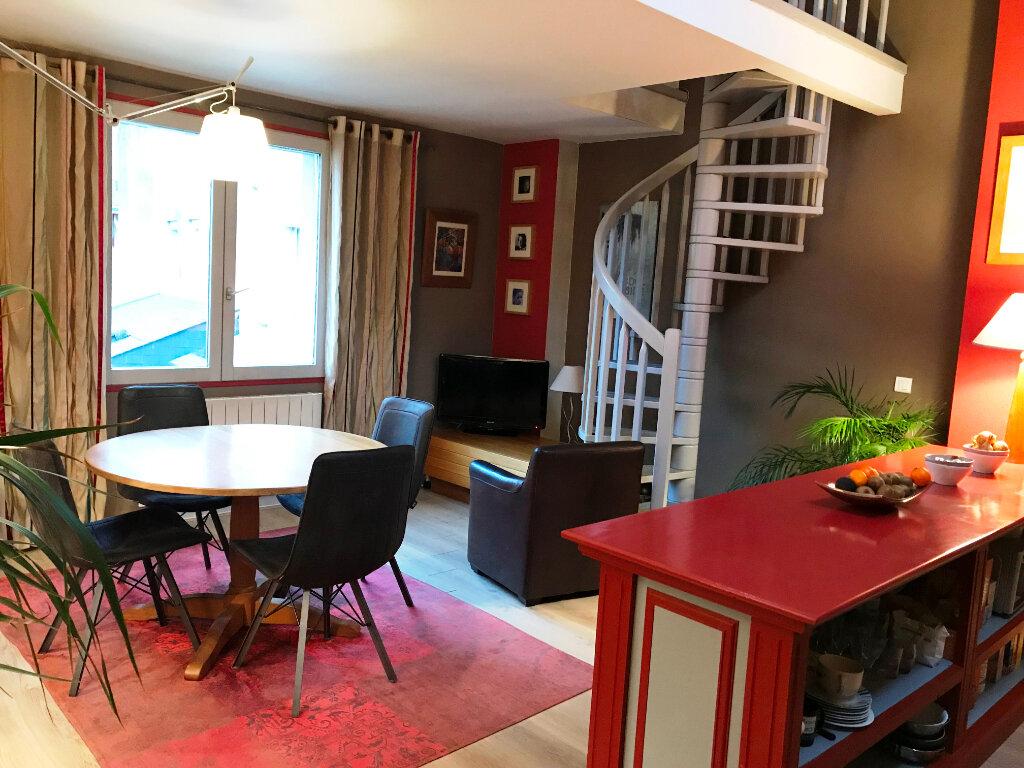 Appartement à vendre 4 160m2 à Guérande vignette-2