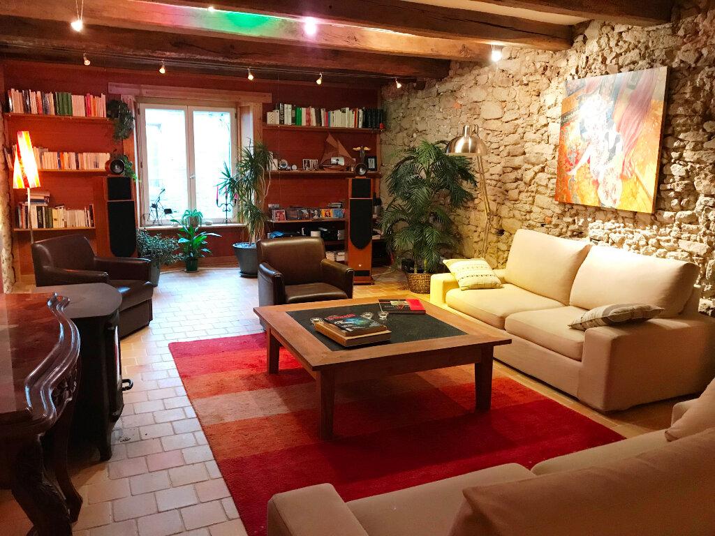 Appartement à vendre 4 160m2 à Guérande vignette-3
