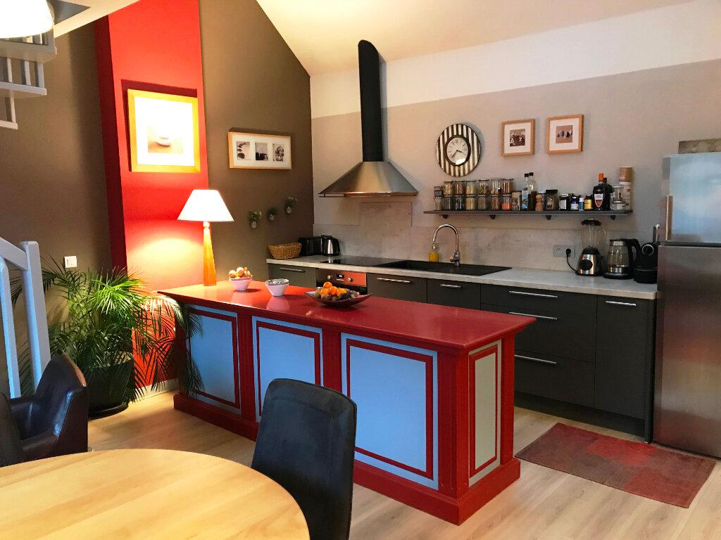 Appartement à vendre 4 160m2 à Guérande vignette-4