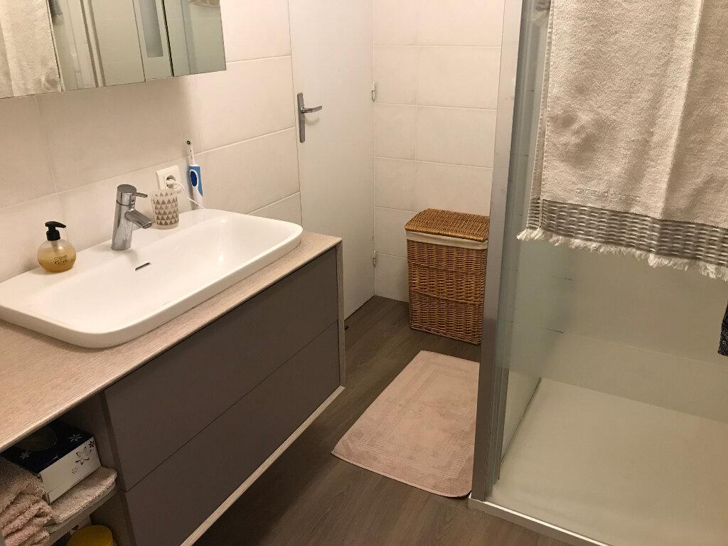 Appartement à vendre 4 160m2 à Guérande vignette-6