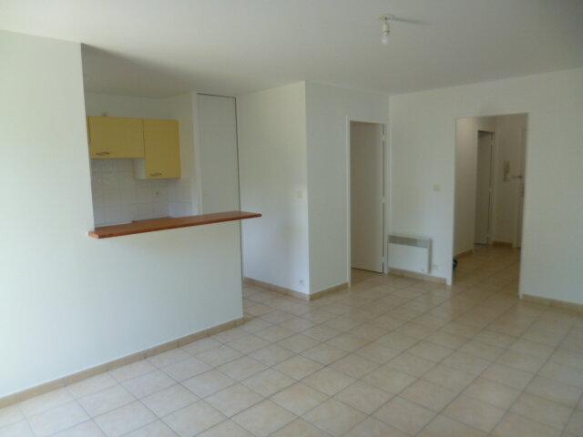 Appartement à louer 3 62m2 à Guérande vignette-2