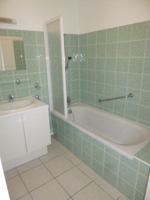 Appartement à louer 3 62m2 à Guérande vignette-6