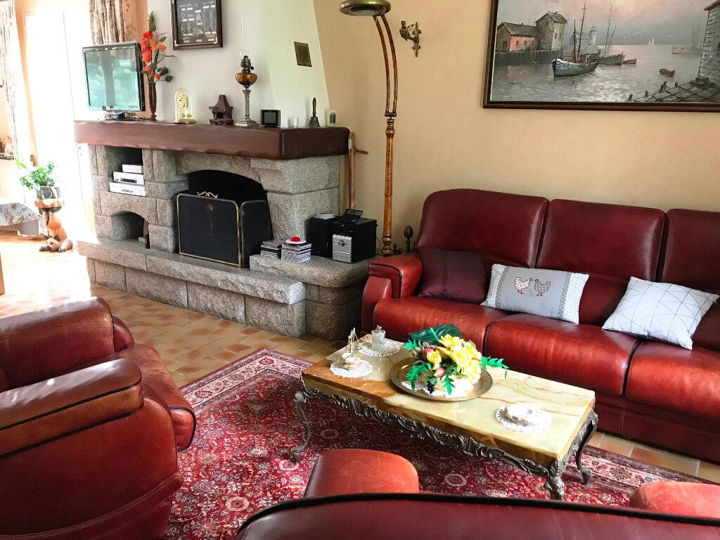 Maison à vendre 4 121.87m2 à Guérande vignette-3