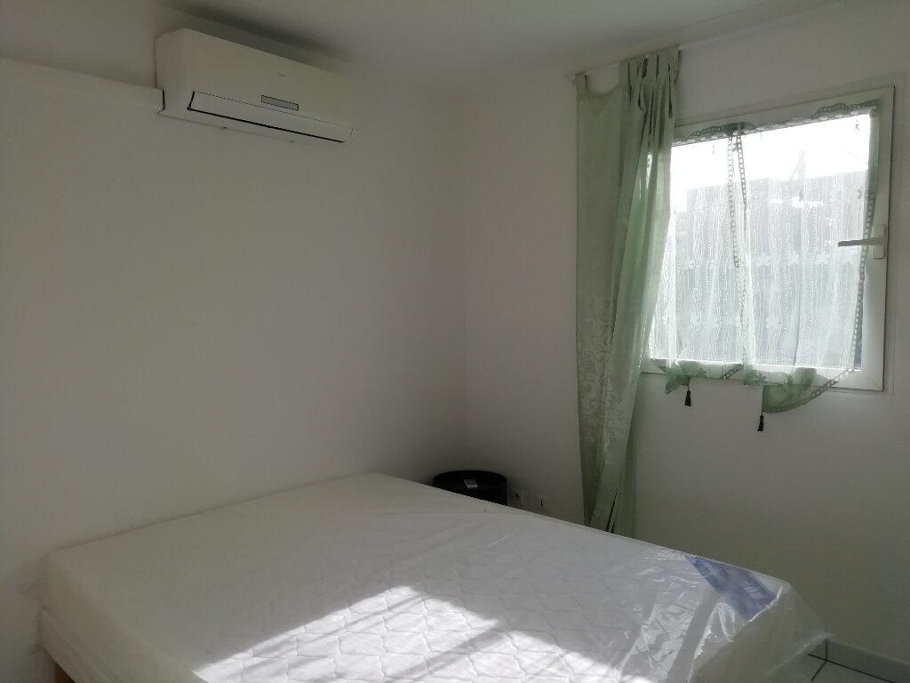 Appartement à louer 2 35m2 à Les Trois-Îlets vignette-5