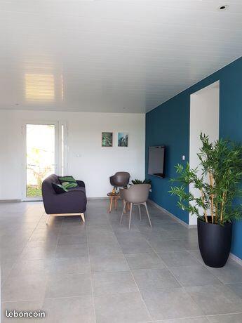 Maison à louer 5 91m2 à Le François vignette-4