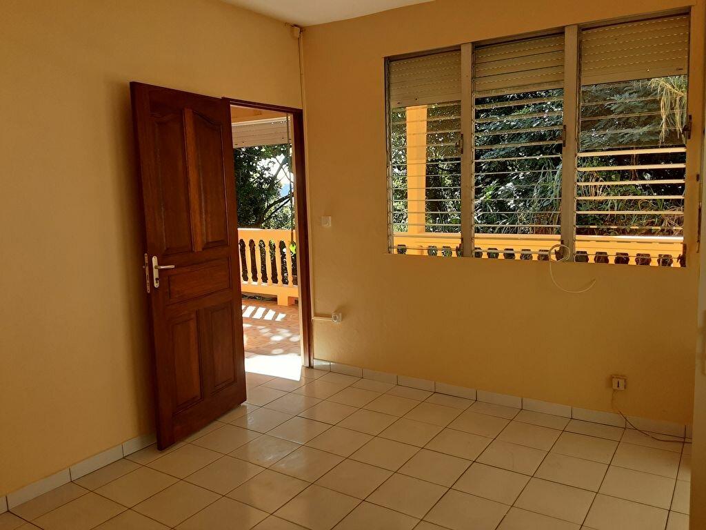 Appartement à louer 4 85m2 à Sainte-Luce vignette-2