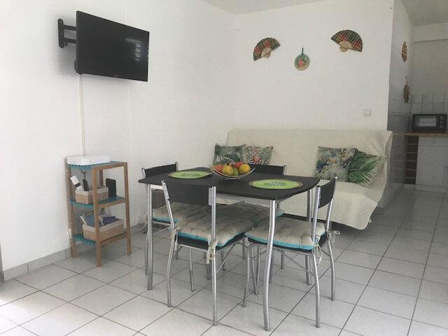 Appartement à louer 1 29.6m2 à Les Anses-d'Arlet vignette-2