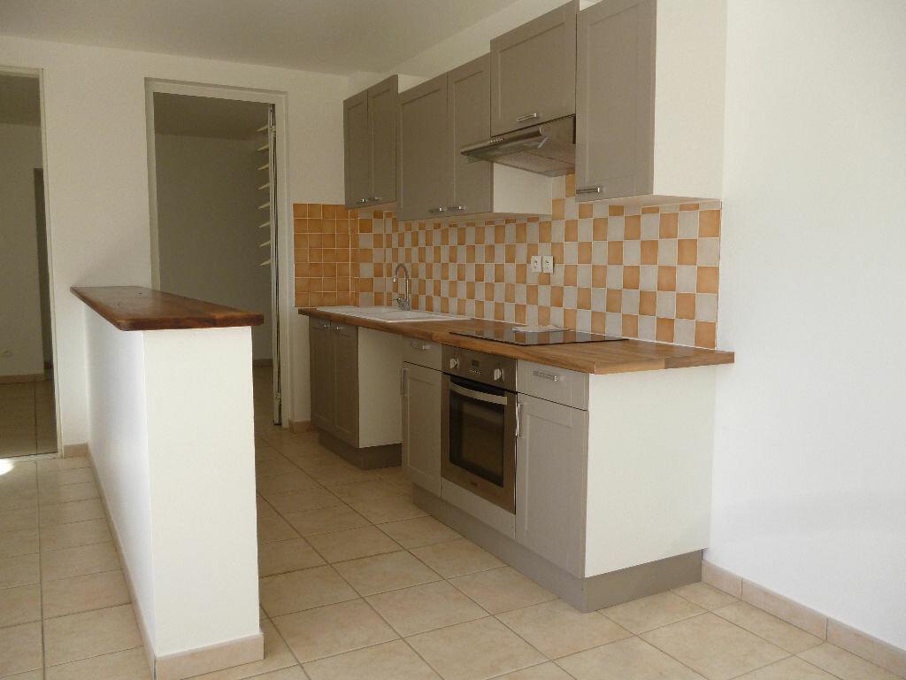 Appartement à louer 3 92.48m2 à Sainte-Luce vignette-2