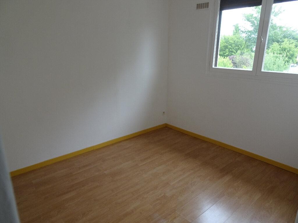 Appartement à louer 2 36.3m2 à Claye-Souilly vignette-5