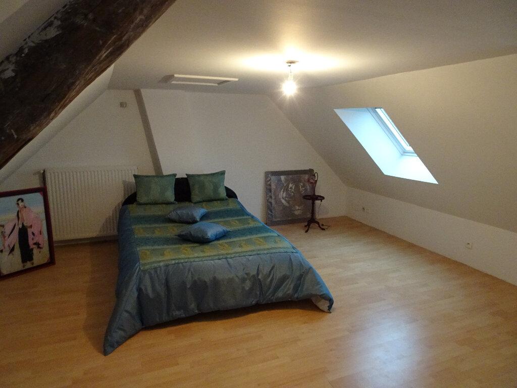 Maison à louer 9 184.13m2 à Claye-Souilly vignette-4