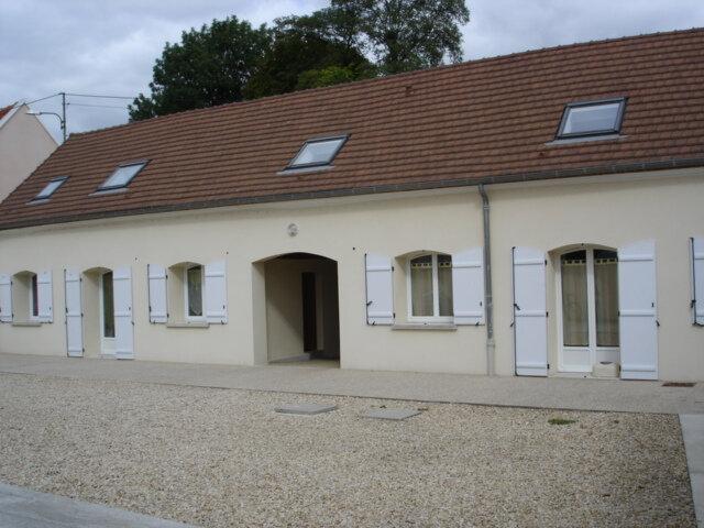 Appartement à louer 2 43.9m2 à Claye-Souilly vignette-1