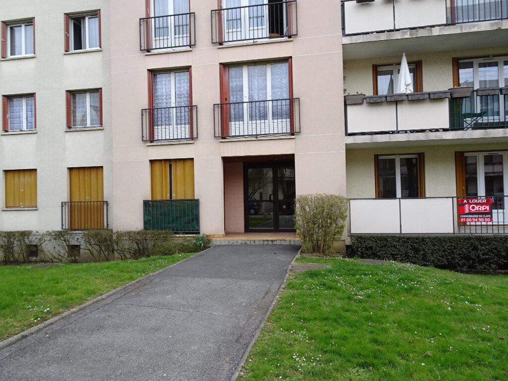Appartement à louer 2 48m2 à Brou-sur-Chantereine vignette-1