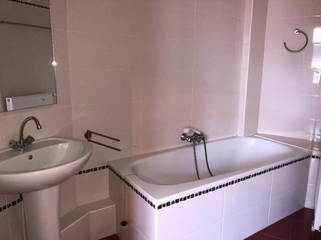 Appartement à vendre 2 59.79m2 à Clermont-Ferrand vignette-6