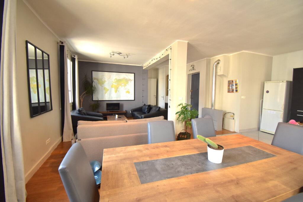 Appartement à louer 2 62m2 à Lyon 5 vignette-4