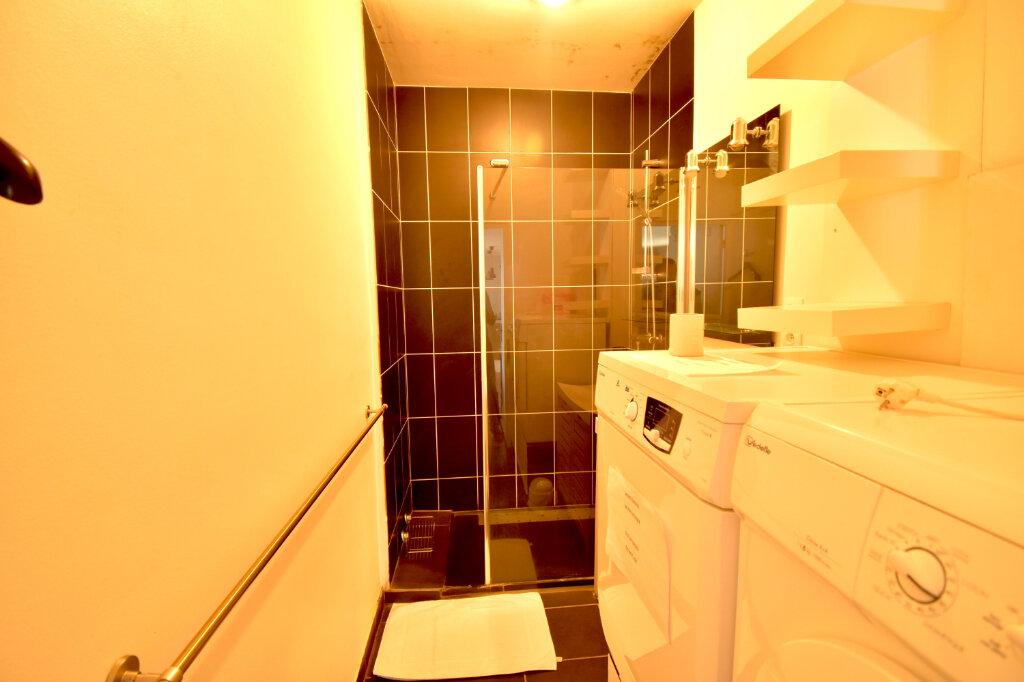 Appartement à louer 2 62m2 à Lyon 5 vignette-7