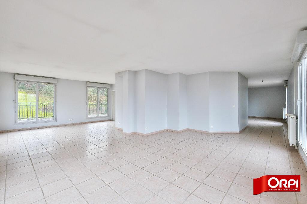 Appartement à louer 6 166.3m2 à Caluire-et-Cuire vignette-4
