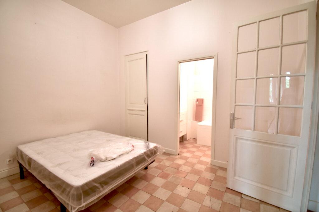 Appartement à louer 3 79m2 à Lyon 5 vignette-4