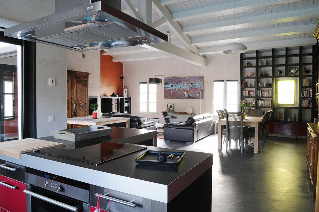 Maison à vendre 8 187m2 à La Flotte vignette-2