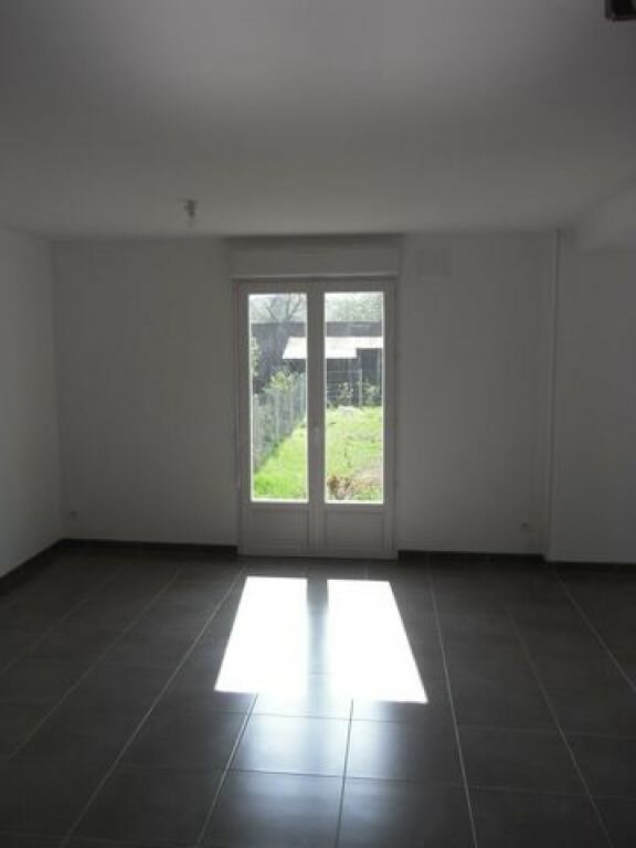 Maison à louer 5 76.66m2 à Pont-Audemer vignette-2