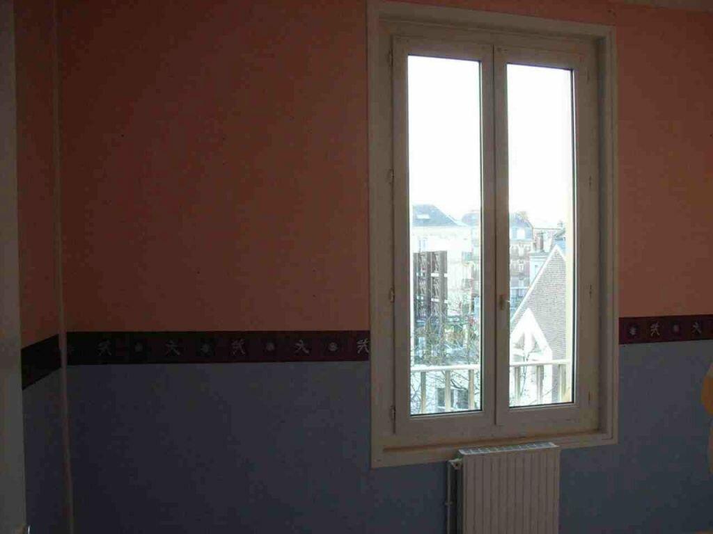 Appartement à louer 3 58.53m2 à Le Havre vignette-3