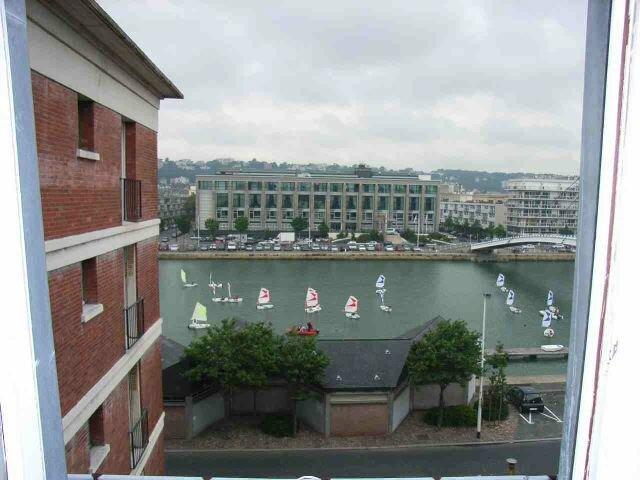 Appartement à louer 1 23.73m2 à Le Havre vignette-1