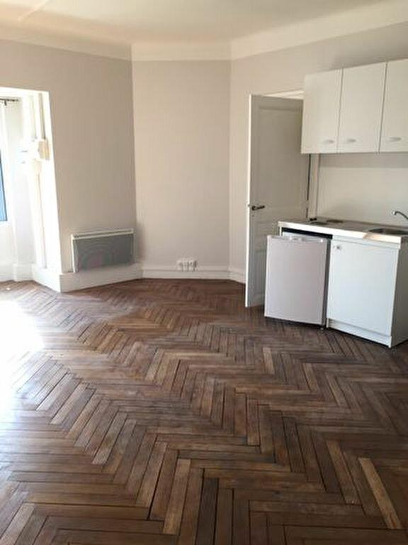 Appartement à louer 1 33.21m2 à Pont-Audemer vignette-1