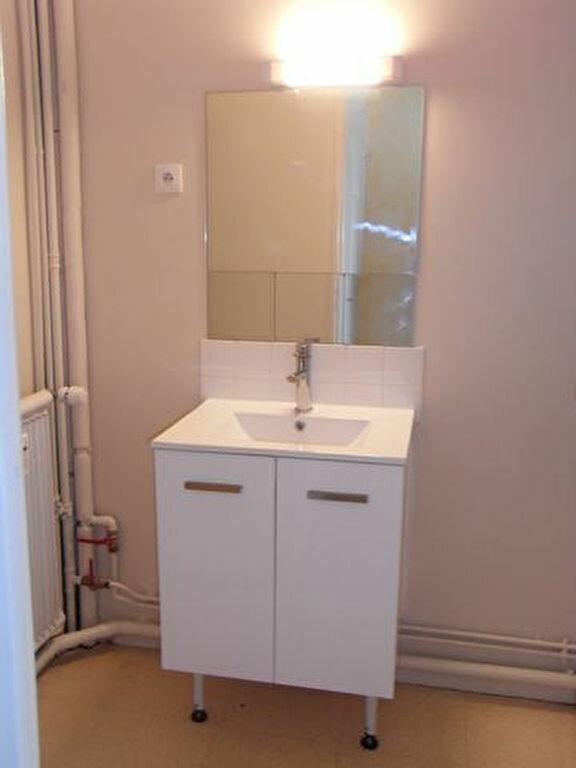 Appartement à louer 1 33.22m2 à Pont-Audemer vignette-2