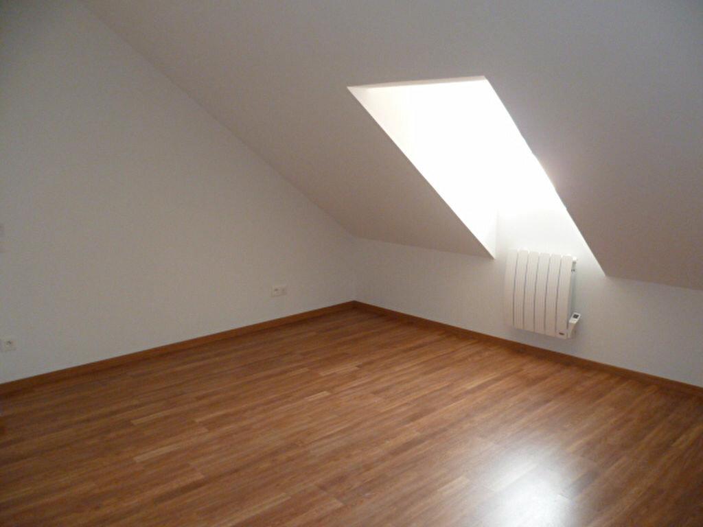 Appartement à louer 3 64.23m2 à Bourg-Achard vignette-2