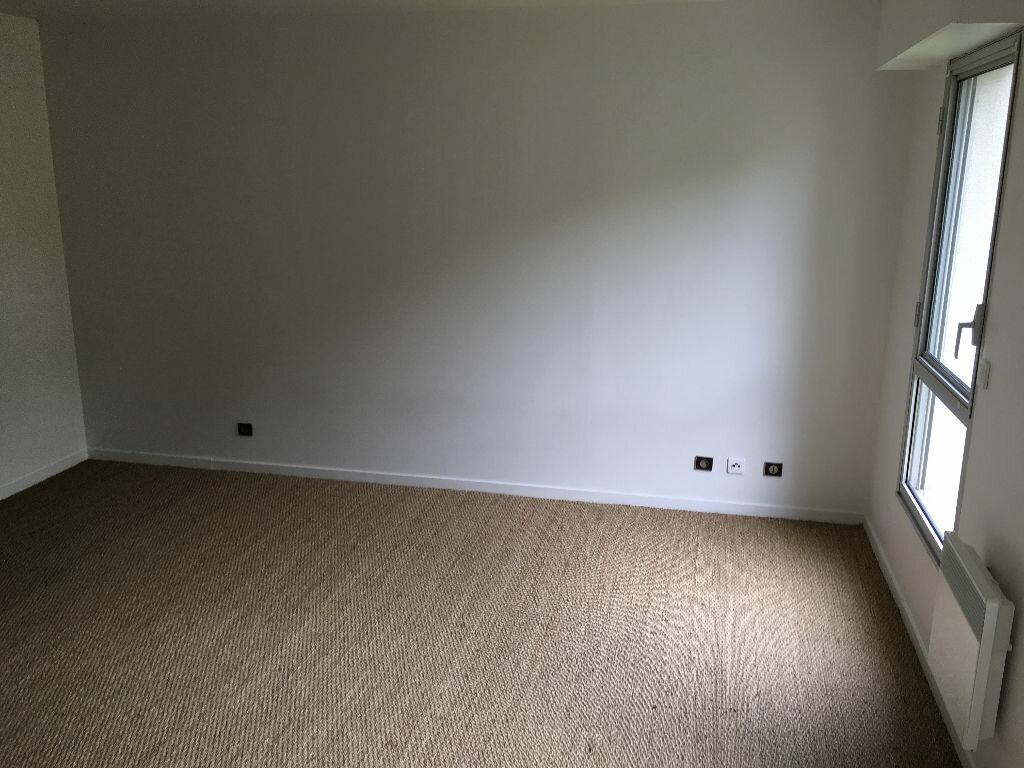 Appartement à louer 1 39m2 à Sainte-Adresse vignette-2