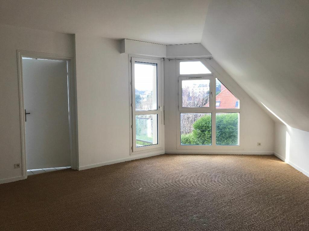 Appartement à louer 2 56.08m2 à Sainte-Adresse vignette-1