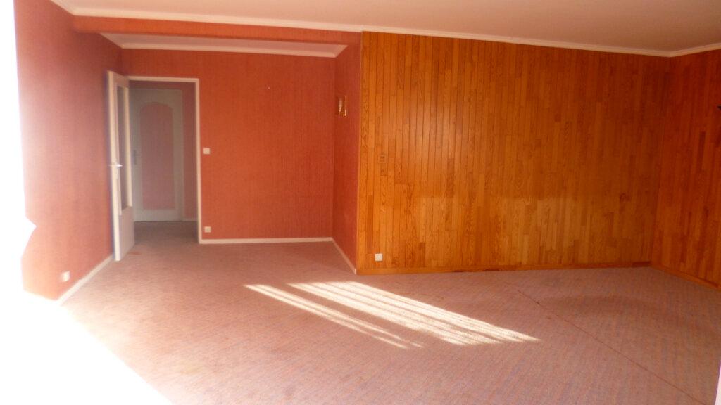 Appartement à vendre 5 126.7m2 à Le Havre vignette-1