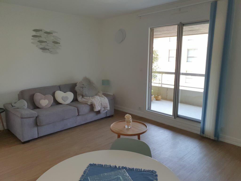 Appartement à louer 1 28.03m2 à Sainte-Adresse vignette-1