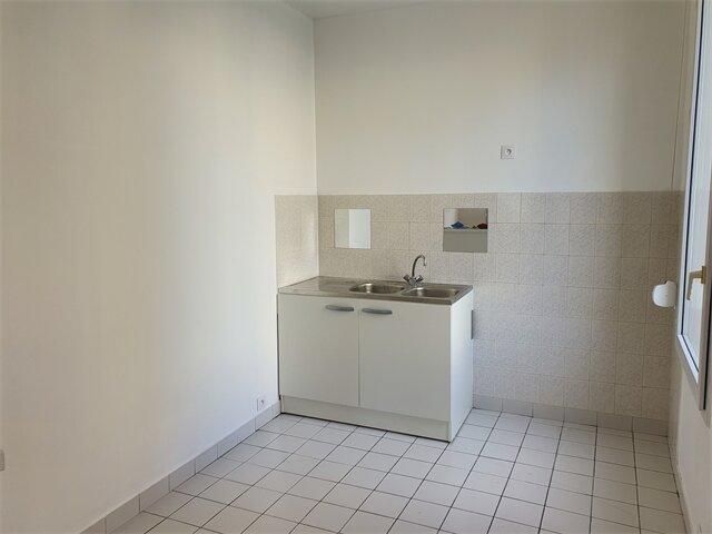 Appartement à louer 3 53.85m2 à Le Havre vignette-2