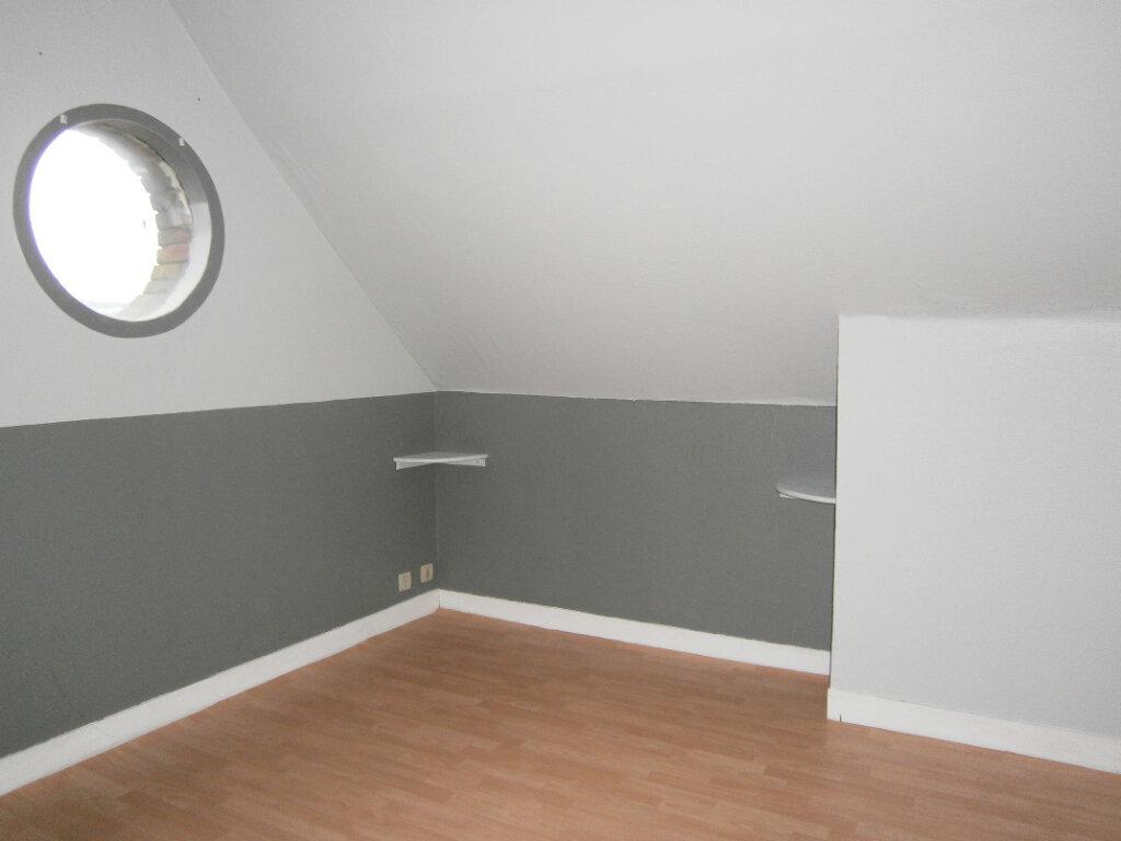 Appartement à louer 3 44.07m2 à Beuzeville vignette-3