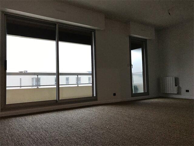 Appartement à louer 4 93.8m2 à Sainte-Adresse vignette-1