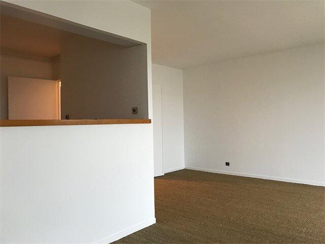 Appartement à louer 4 93.8m2 à Sainte-Adresse vignette-2