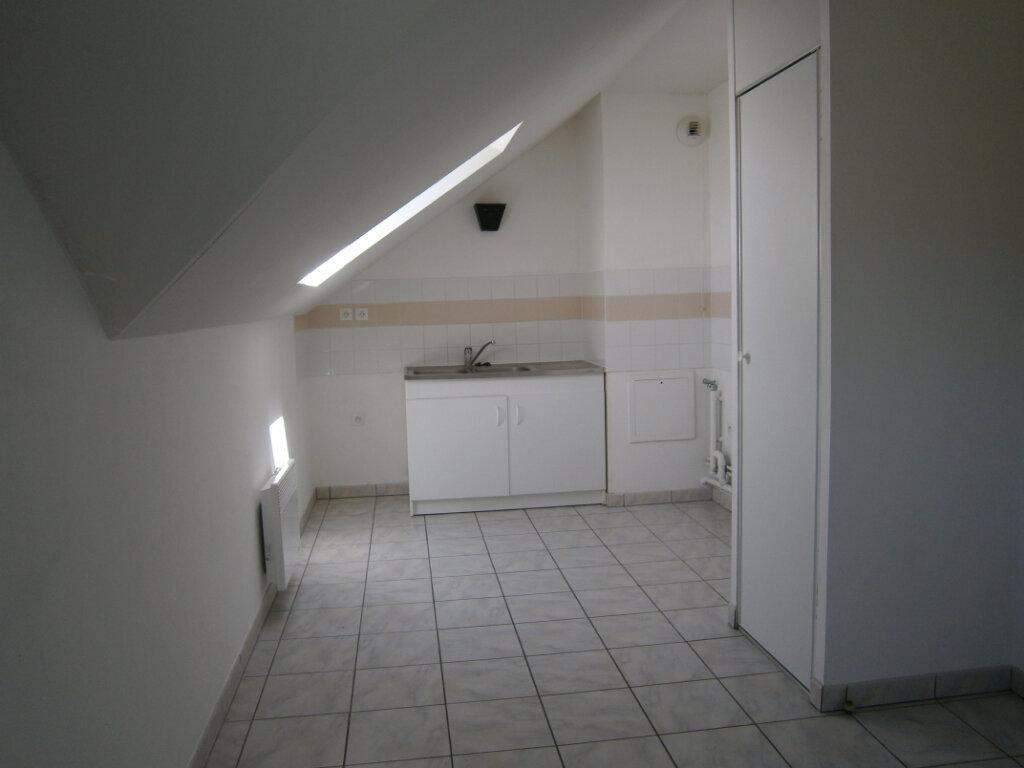 Appartement à louer 3 64.1m2 à Beuzeville vignette-2