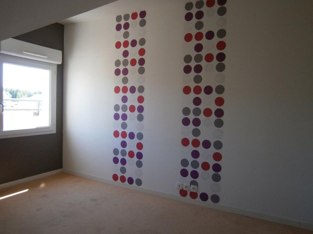 Appartement à louer 3 64.1m2 à Beuzeville vignette-4