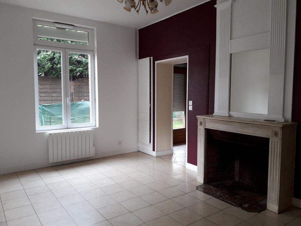 Appartement à louer 3 59.37m2 à Beuzeville vignette-1