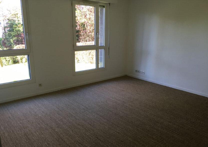 Appartement à louer 2 68m2 à Sainte-Adresse vignette-1