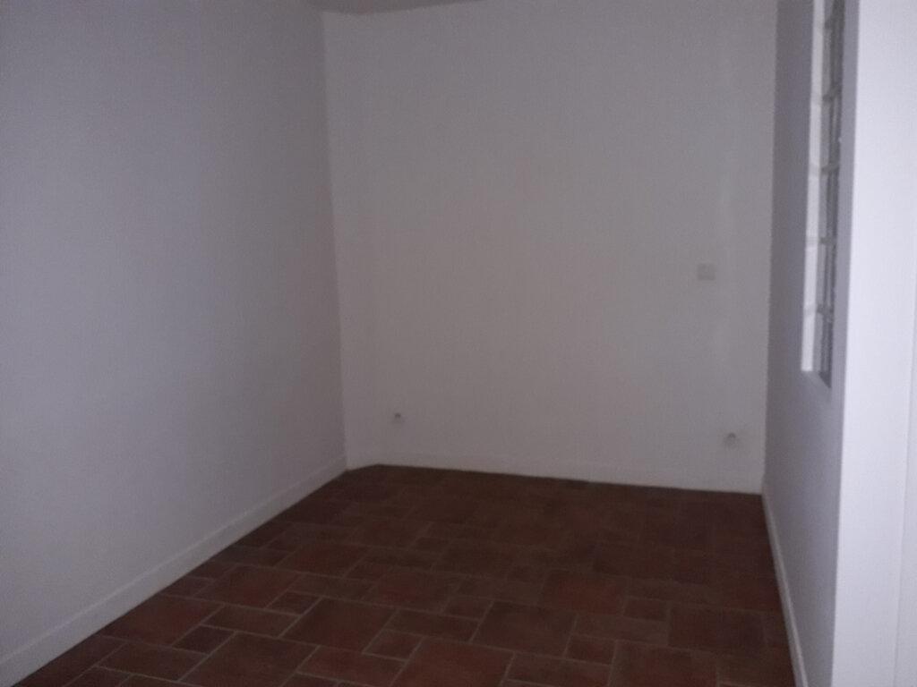 Appartement à louer 1 24.11m2 à Beuzeville vignette-2