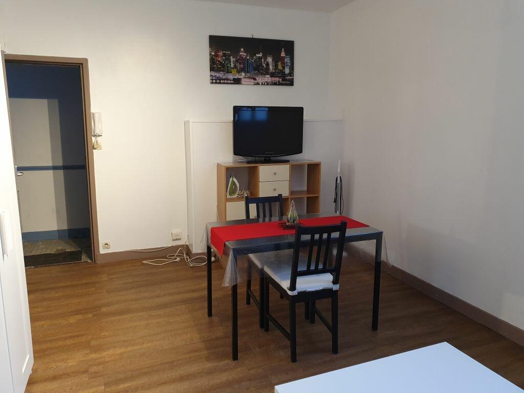 Appartement à louer 1 24.2m2 à Le Havre vignette-3