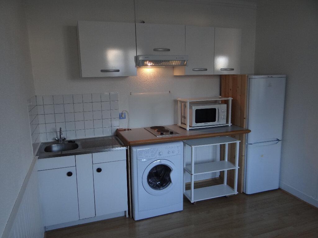 Appartement à louer 1 28.58m2 à Pont-Audemer vignette-1