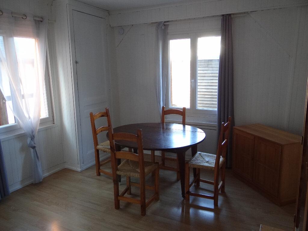 Appartement à louer 1 28.58m2 à Pont-Audemer vignette-2