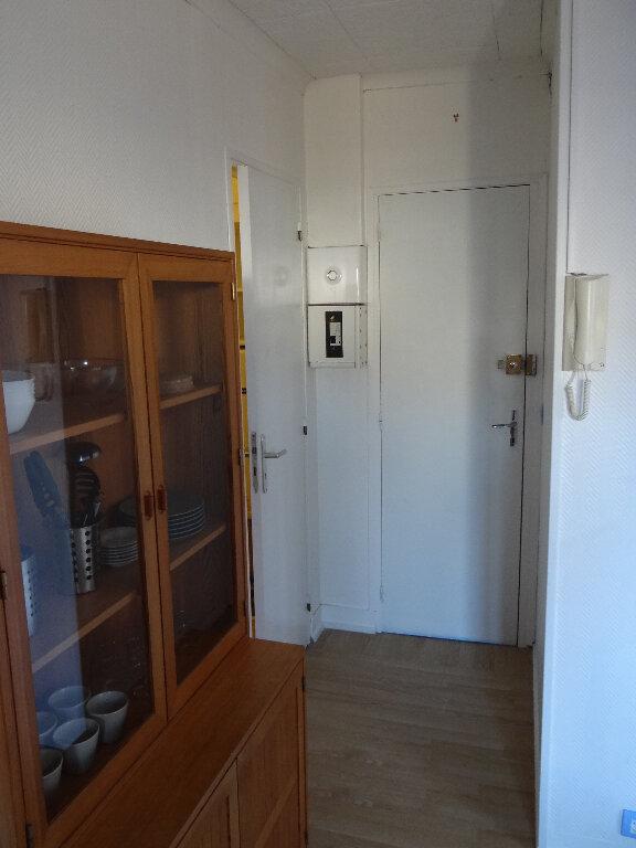 Appartement à louer 1 28.58m2 à Pont-Audemer vignette-3