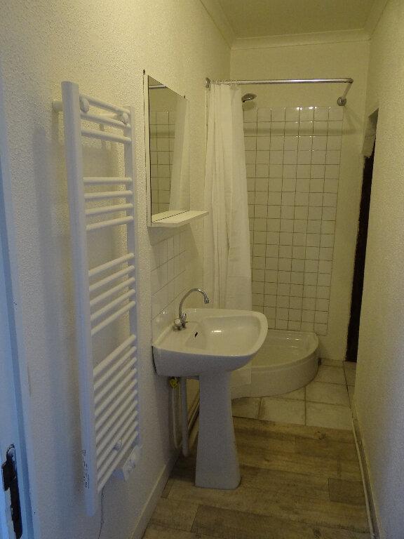 Appartement à louer 1 28.58m2 à Pont-Audemer vignette-4