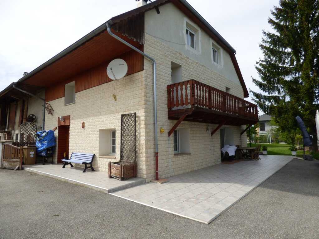 Maison à vendre 8 195m2 à La Balme-de-Sillingy vignette-3